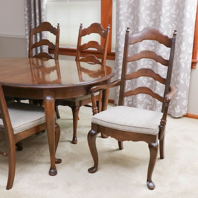 Ethan Allen Queen Anne Style Mahogany Dining Room Table and Chairs
