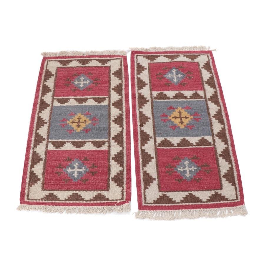 2.5' x 4.4' Handwoven Indo-Turkish Kilim Rugs