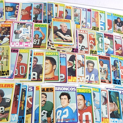 1972 Topps Football Cards with Bradshaw, Lyle Alzado Rookie, Bubba Smith