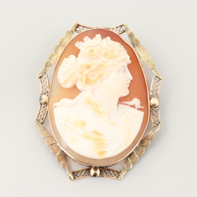 Vintage 10K Yellow Gold Carved Helmet Shell Cameo Brooch