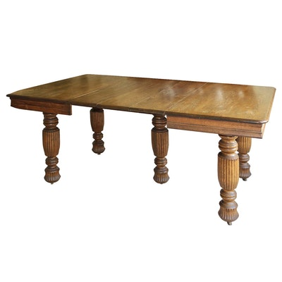 Late Victorian Oak Extension Dining Table, Late 19th or Early 20 Century