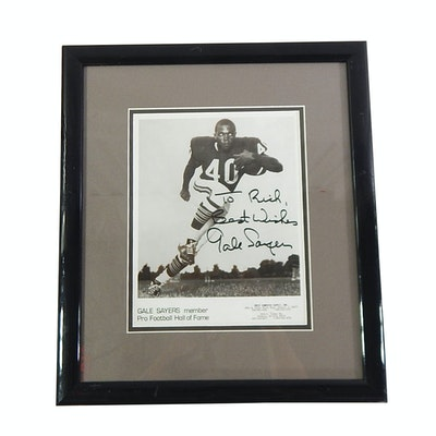 (HOF) Gale Sayers Signed Photograph