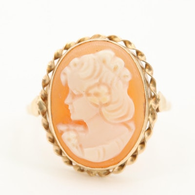 14K Yellow Gold Shell Carved Cameo Ring
