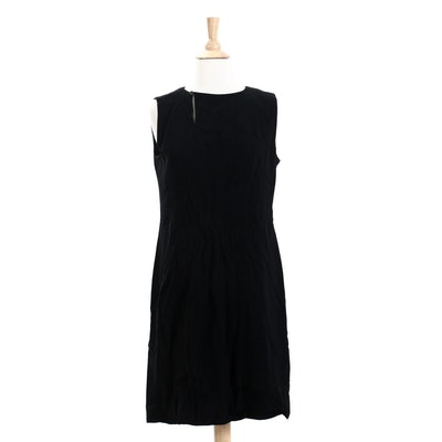 Chanel Boutique 1998 Collection Black Wool Sleeveless Dress