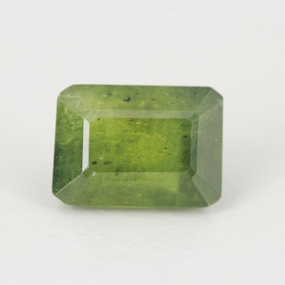 Loose 3.05 CT Fancy Green Sapphire Gemstone