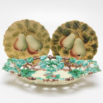 Sarreguemines French Faïence Majolica Ceramic Fruit Plates and Serving Tray