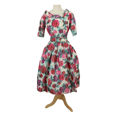 Suzy Perette New York Floral Themed Cocktail Dress with Belt, 1950s Vintage