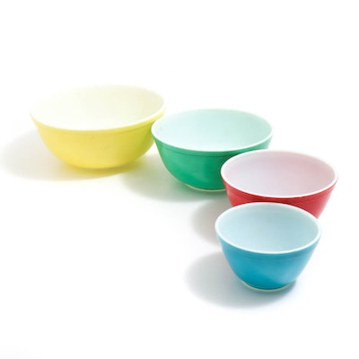 """Pyrex """"Primary Colors"""" Nested Mixing Bowls"""
