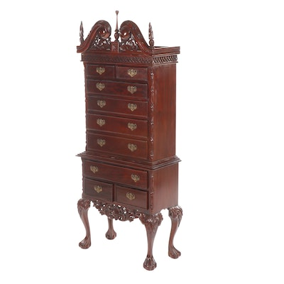 Small Chippendale Style Mahogany Finished Chest on Chest, Late 20th Century