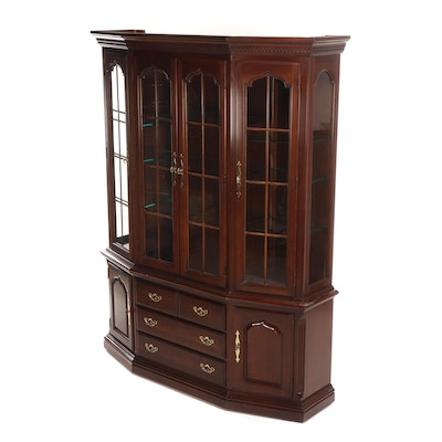 Thomasville Federal Style Cherry Finished China Cabinet, Late 20th Century