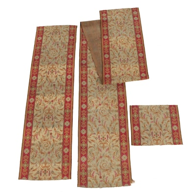 Power-Loomed Wilton Weave Wool Floral Carpet Runner Remnants