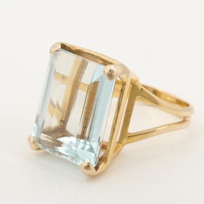 Vintage 14K Yellow Gold Aquamarine Solitaire Ring