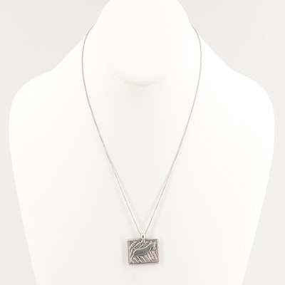 800 Silver Bull Motif Pendant with Sterling Silver Box Chain Necklace