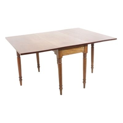 Federal Style Cherry Drop Leaf Gate Leg Table, Early 20th Century