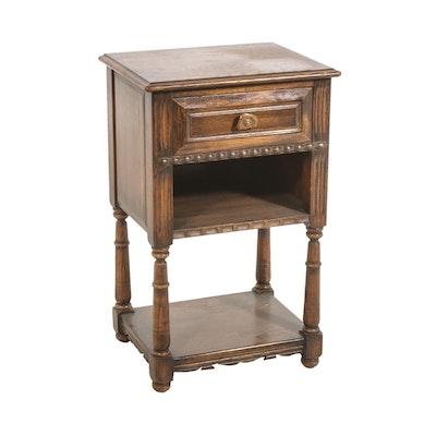 Davis Cabinet Company Oak Side Table, 20th Century
