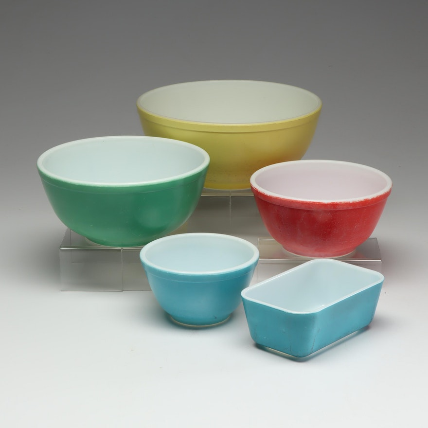 "Pyrex ""Primary Colors"" Nesting Mixing Bowls with Small Baking Dish"