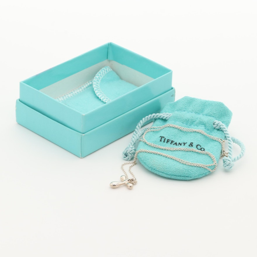 99b10457ff272 Elsa Peretti for Tiffany and Co. Sterling Silver Cross Pendant Necklace