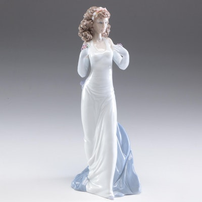 "Lladró Vanguard Exclusive ""Anticipation"" Porcelain Figurine"