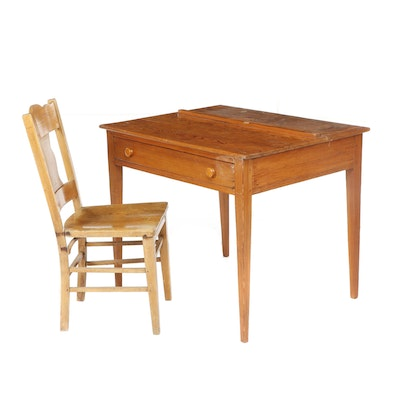 American Yellow Pine Writing Desk and Chair, Early to Mid 20th Century