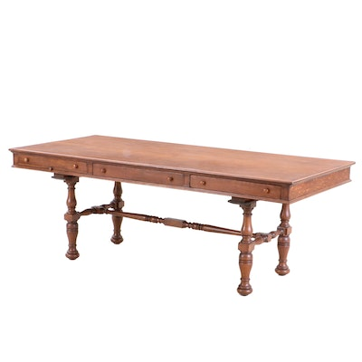 Colonial Revival Oak Table, Mid to Late 20th Century
