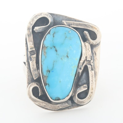 Vintage Southwestern Style Sterling Silver Turquoise Ring