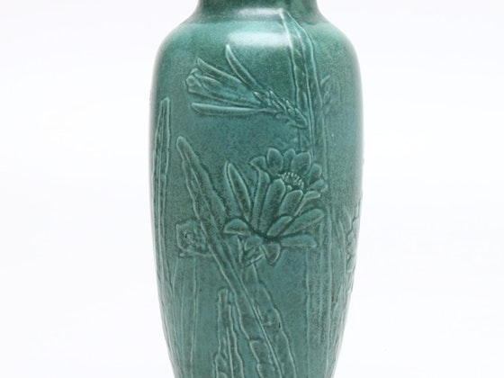 Art Glass, Porcelain, and Pottery