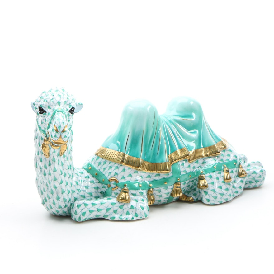 "Herend Kingdom Classic Green Fishnet with Gold ""Regal Camel"" Porcelain Figurine"