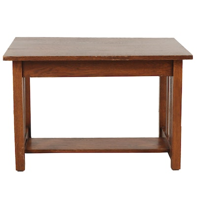 Prairie Style Oak End Table, Mid 20th Century