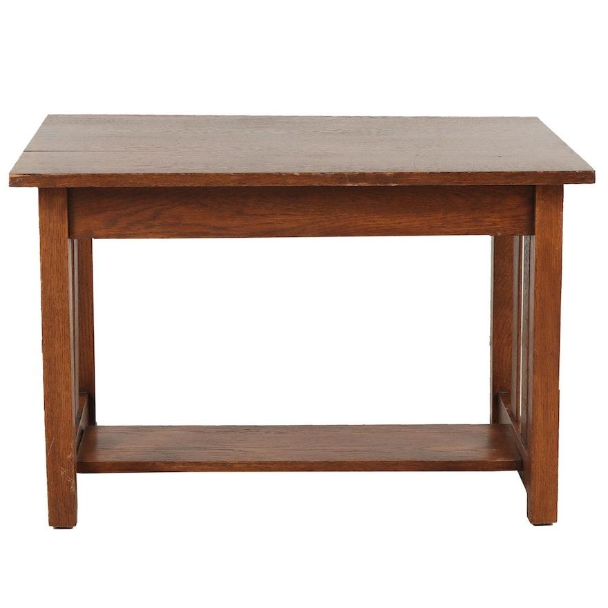 Prairie Style Oak End Table, Mid 20th Century