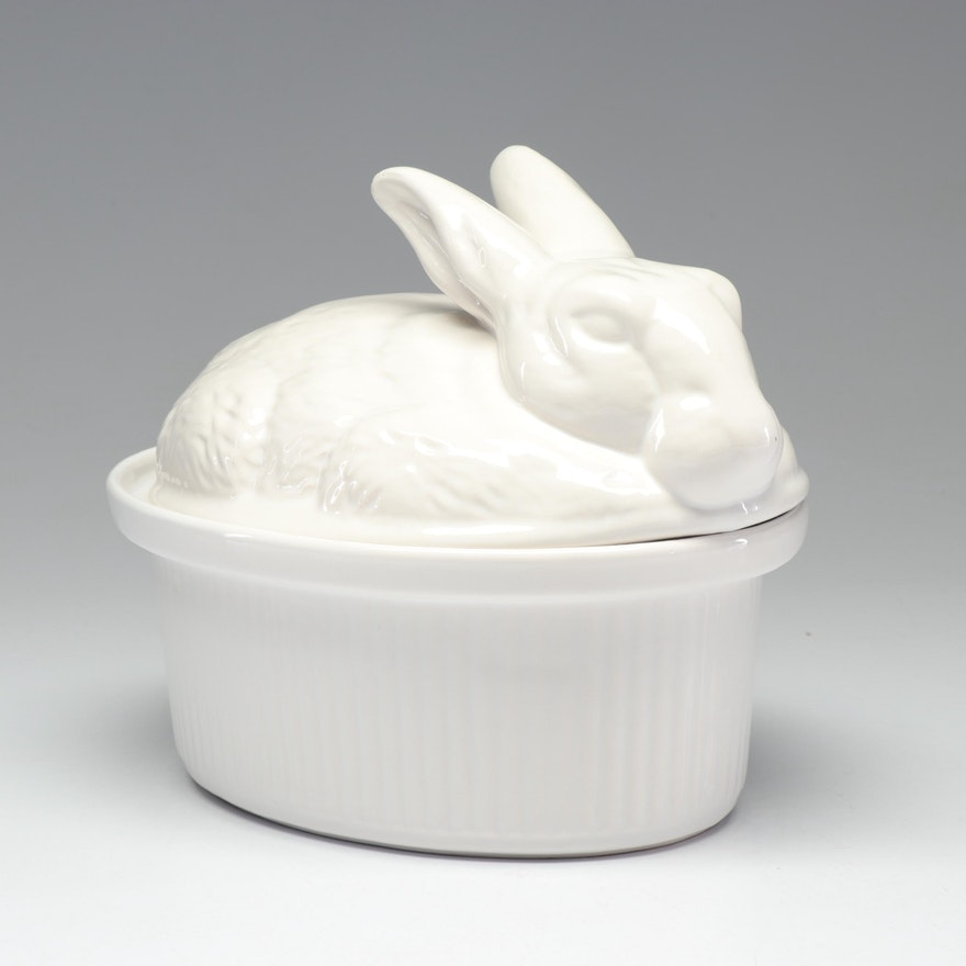 California Pottery Rabbit Form Covered Game Baker