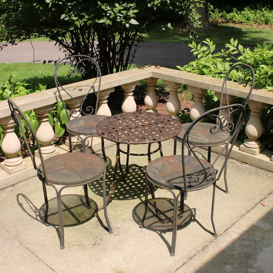 Wrought Iron Patio Side Table and Four Chairs, Late 20th Century