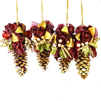 Frontgate Pine Cone Accent Hangers