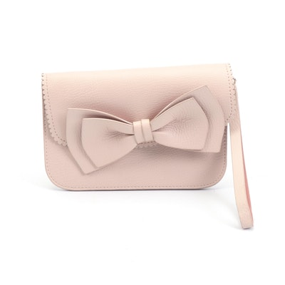 Kate Spade New York Vanderbilt Place Mollie Bow Wristlet in Pale Pink Leather