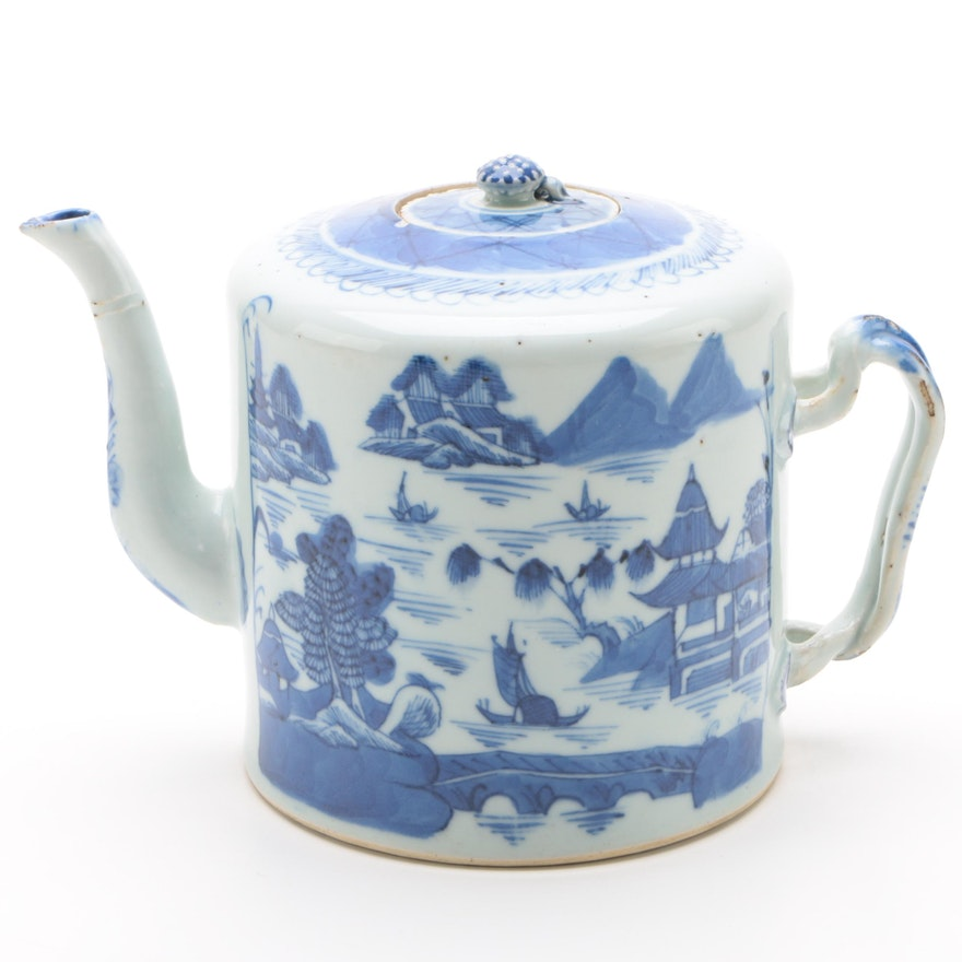 Chinese Canton Drum Form Porcelain Teapot, Qing Dynasty