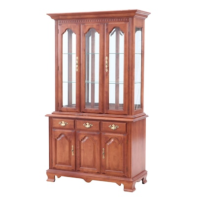 Tell City Maple Illuminated China Cabinet, Mid-Late 20th Century