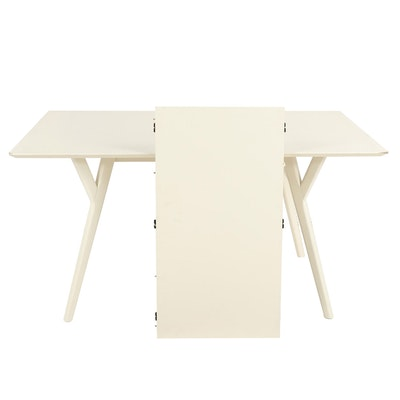 Contemporary White Wooden Dining Table with Splayed Legs
