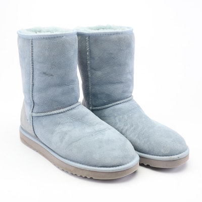 392b5b1a212 Ugg Australia Black Sheepskin and Shearling Boots with Button ...