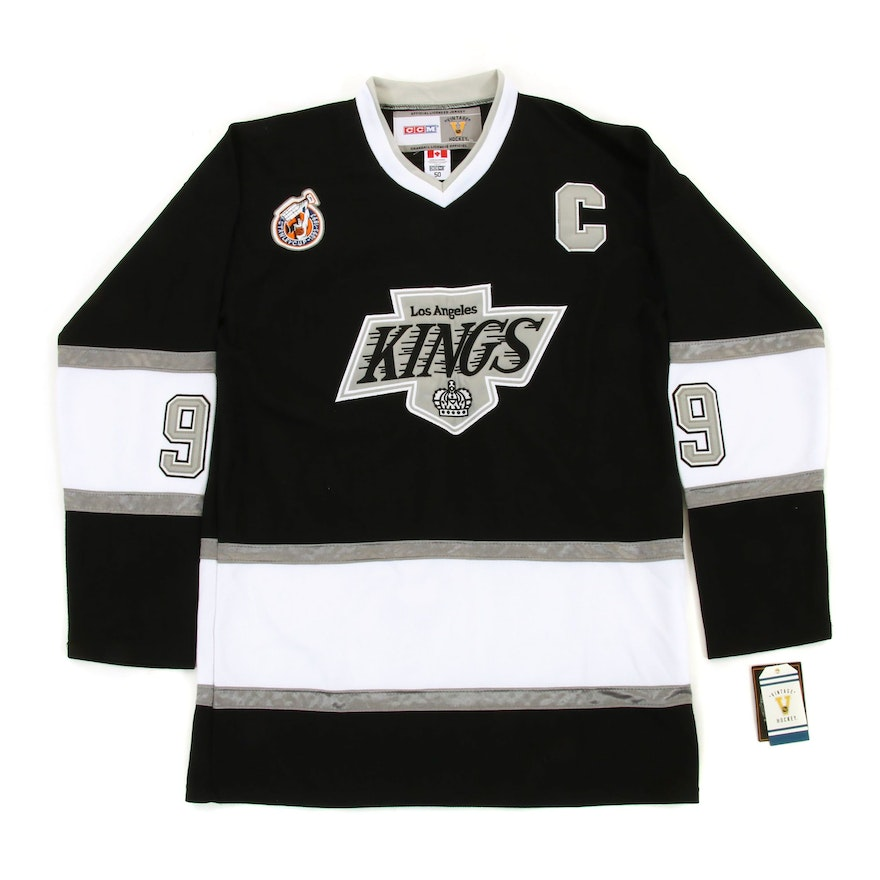 super popular e5efc e79c7 Wayne Gretzky Signed Kings Replica Hockey Jersey, COA