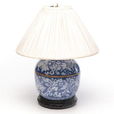 Chinese Porcelain Converted Vase Lamp, Mid 20th Century