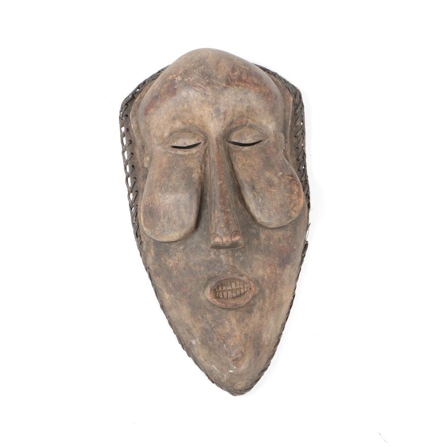 Wooden Yaka/Suku Kakuungu Style Mask