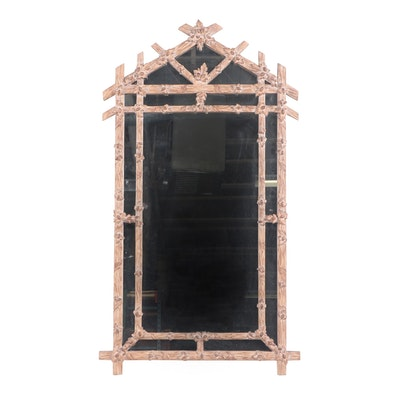 Classical 19th Century Federal Gold Gilt Mirror With