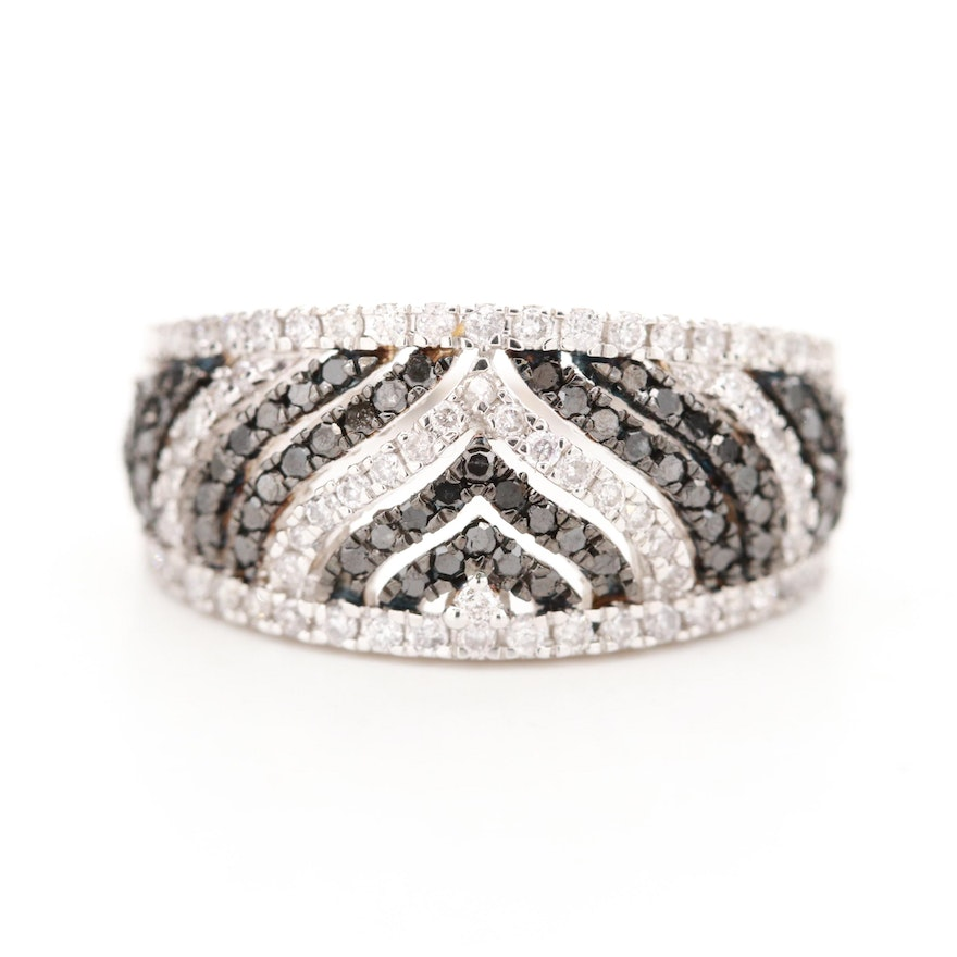 14K White Gold Diamond Tapered Band Featuring Black Diamonds