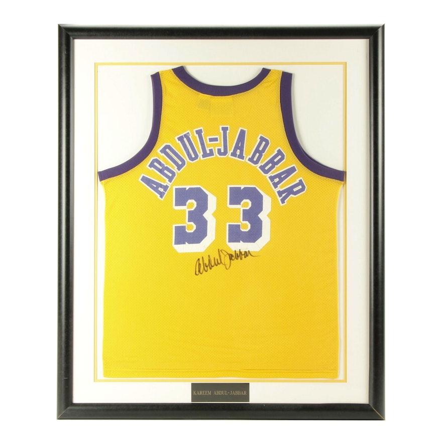 brand new d1289 1d9fd Framed Kareem Abdul-Jabbar Signed Los Angeles Lakers Replica Jersey COA