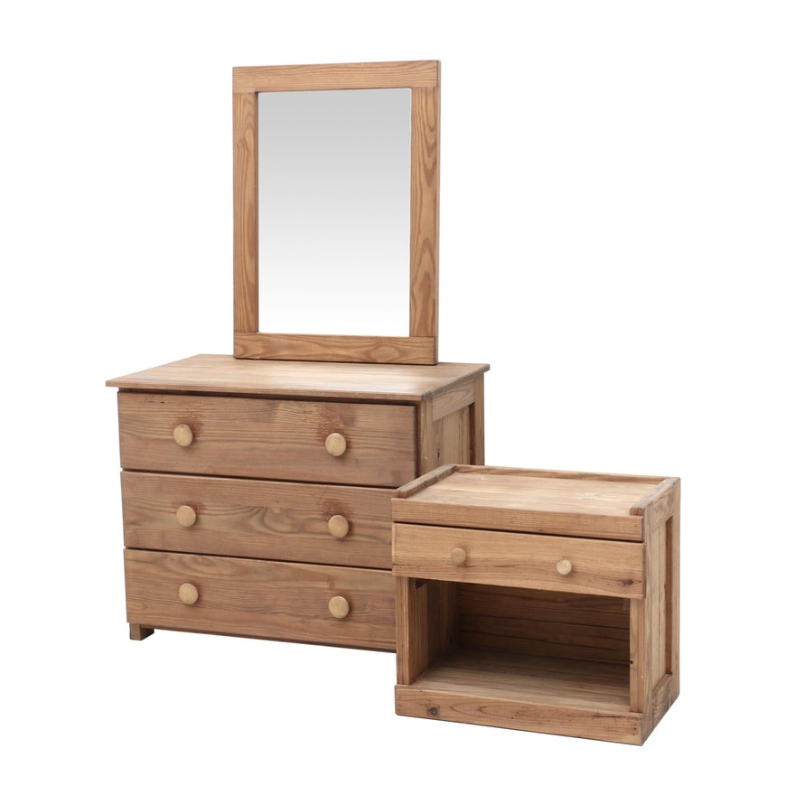 Pine Queen-Size Bed, Nightstand, Dresser and Mirror Set
