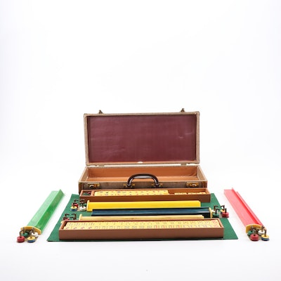 Royal Mahjong Set with Bakelite Game Trays, Mid-Century