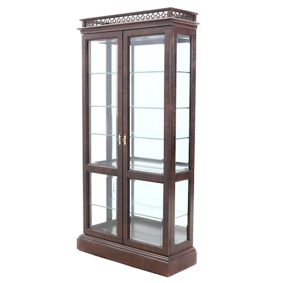 Century Furniture Chippendale Style Mahogany Stain Illuminated Display Cabinet