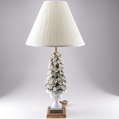 Italian Capodimonte Style Daisy Motif Table Lamp, Mid-20th Century