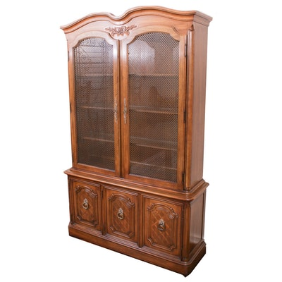 Thomasville Glass Front Oak China Cabinet, Mid to Late 20th Century