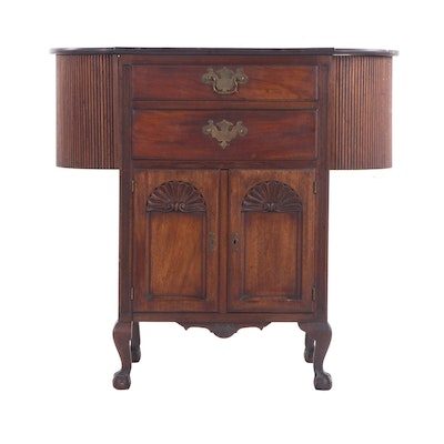 Federal, Chippendale Style Mahogany SewingTable, Early to Mid 19th Century