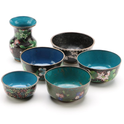 Chinese Cloisonné Bowls and Vase, Early 20th Century